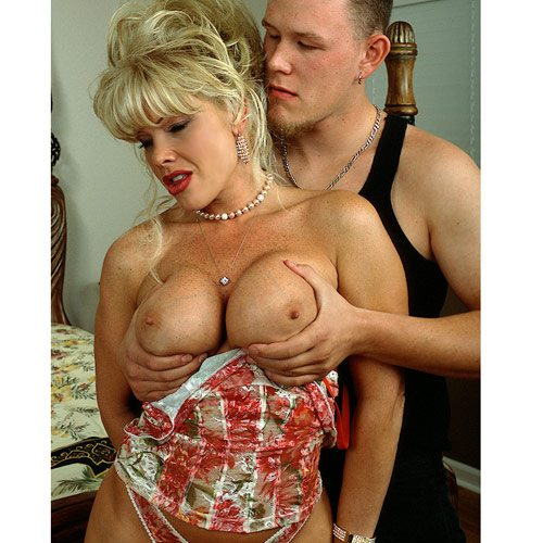 Air_Force_Amy_Boy_Girl_Pearl_Necklace_22