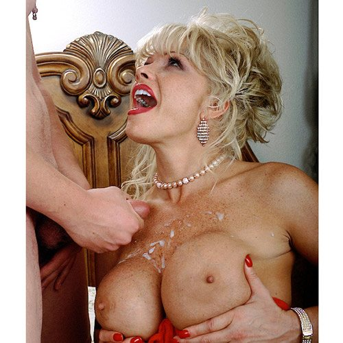 Air_Force_Amy_Boy_Girl_Pearl_Necklace_6