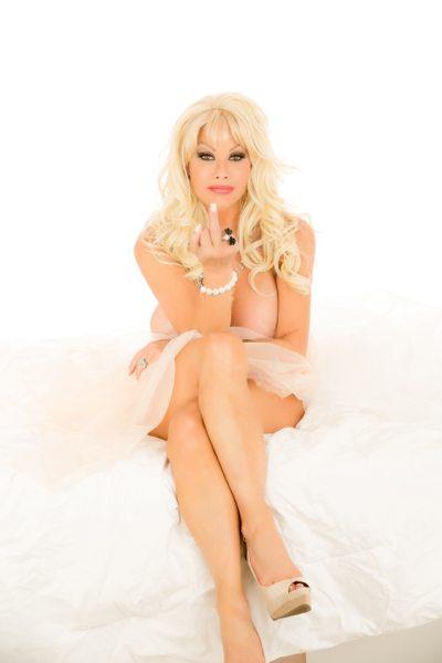 Amazing Amy19