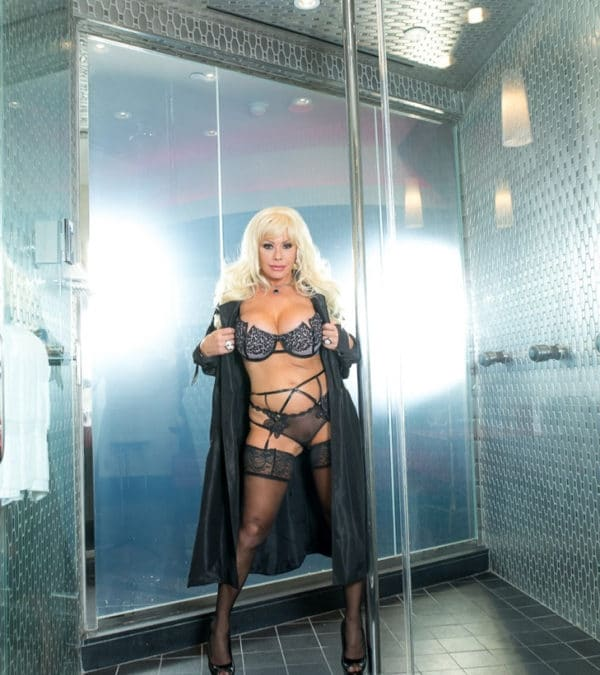 Air Force Amy XX Shower fantasy Photo shoot